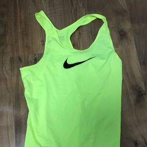 Nike dry fit workout tank perfect condition